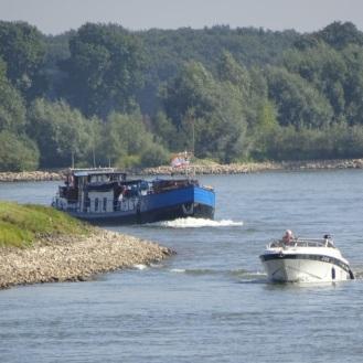 kleine-en-grote-boten-op-de-ijssel