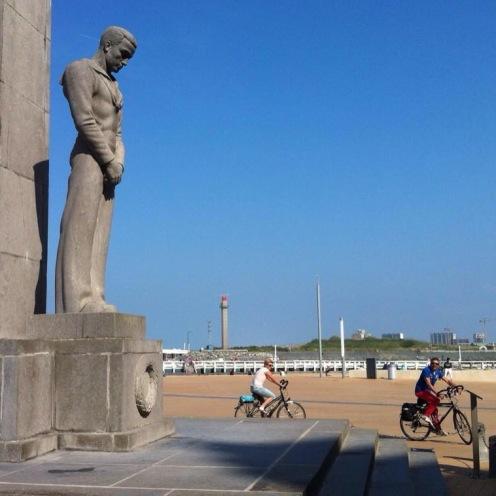 monument-verdronken-zeelieden-bron-geert-geenen
