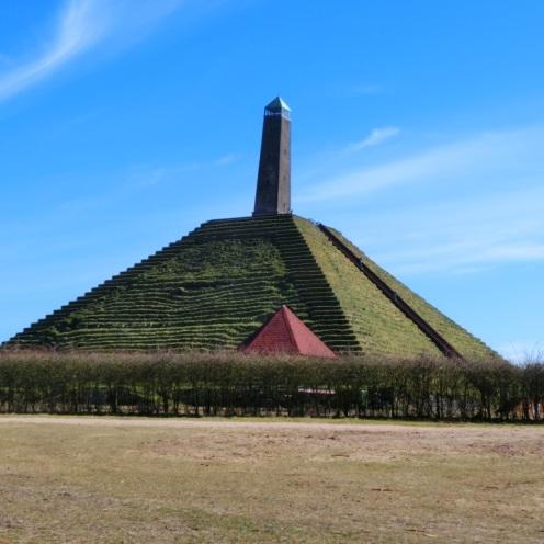 piramide-van-austerlitz