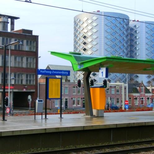 stations-halfweg-zwanenburg
