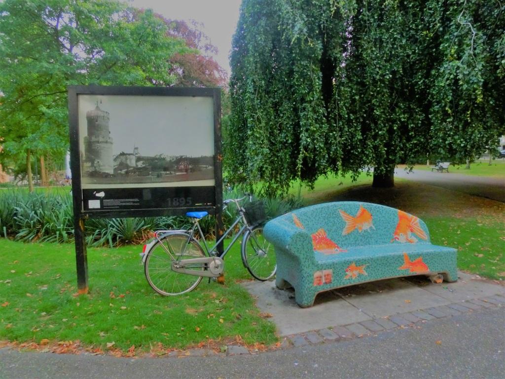 bankje-bij-kronenburgerpark