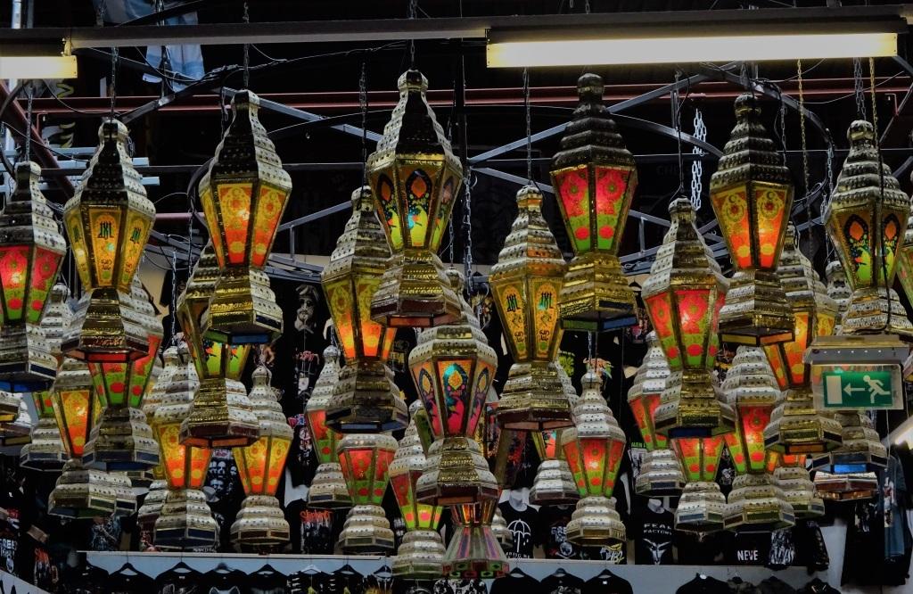 Lampen Bazaar Beverwijk : Zwarte markt oosterse lampen: selectie van traditionele lampen op de