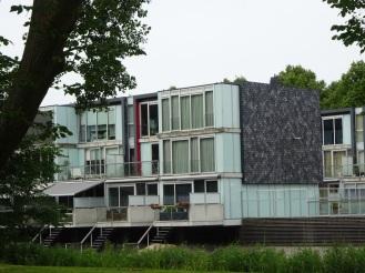 Huizen aan het Botteskerkpark