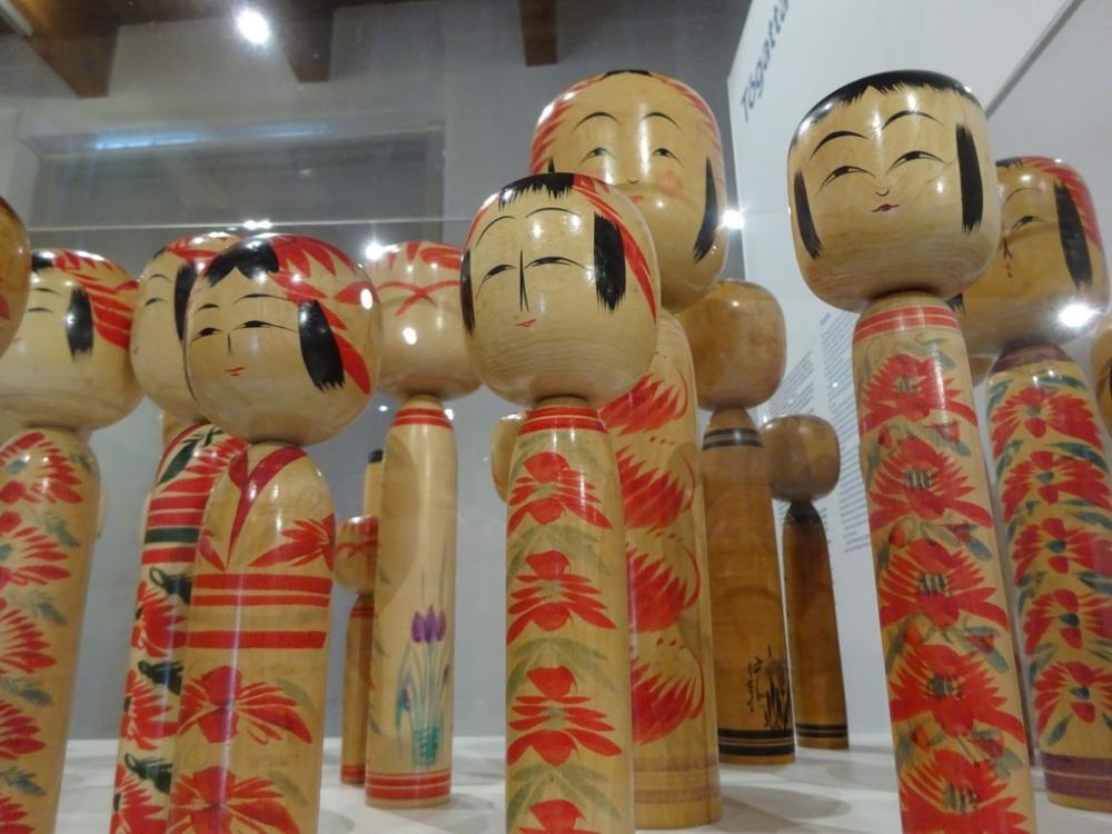 Kokeshi poppen.jpg