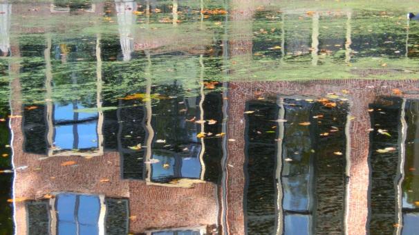 Kasteel in het water