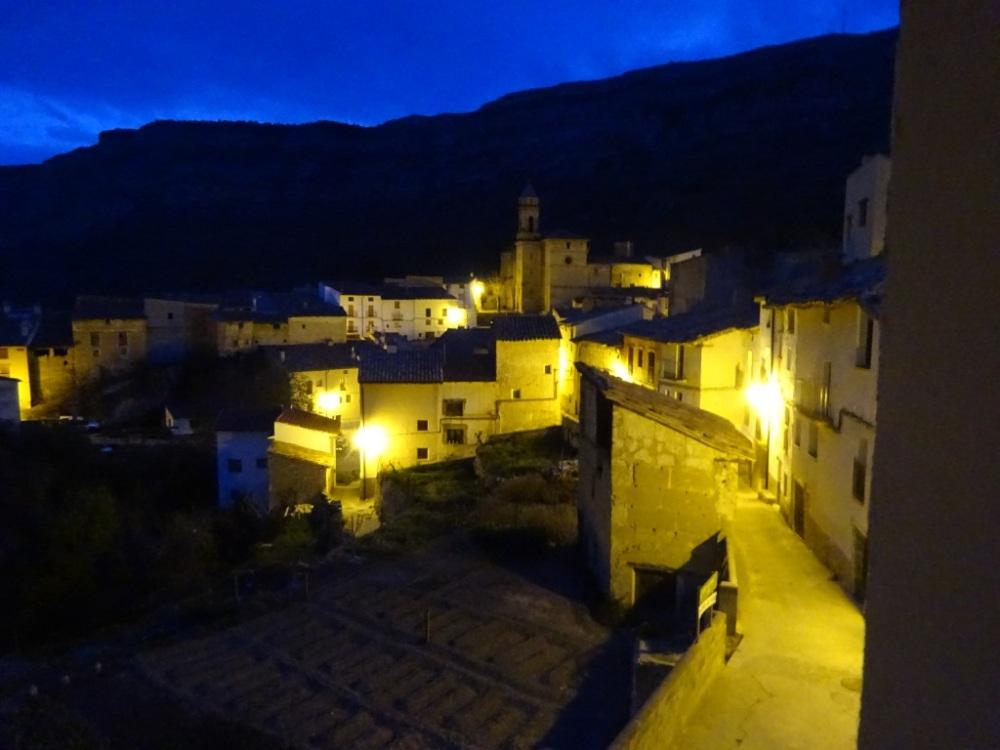 Pitarque by night