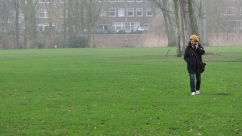 Wandelaar in het Erasmuspark