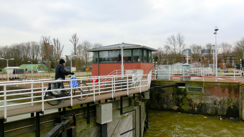 Sluis Noord Hollandsch kanaal