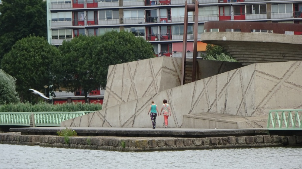 Kunstwerk laagste punt van Nederland
