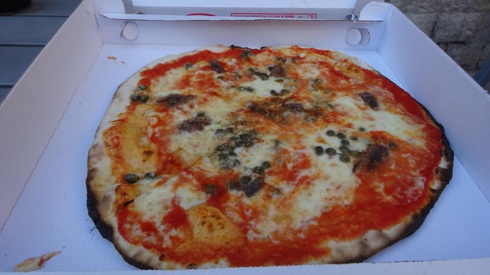 Pizza in doos